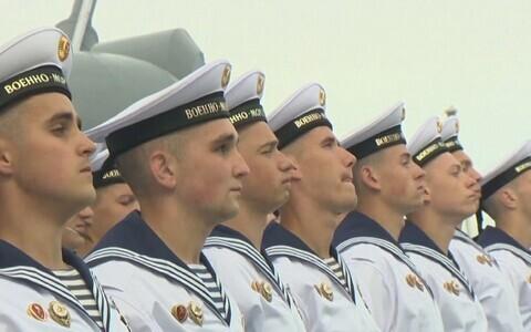 Парад в честь дня ВМФ-2020 в Санкт-Петербурге.