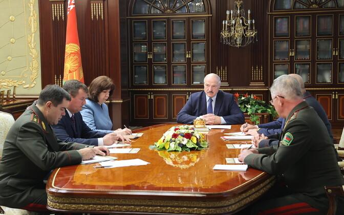 Valgevene president Aleksandr Lukašenko kutsus kolmapäeval pärast palgasõdurite kinnivõtmist kokku julgeolekunõukogu.