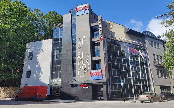 От начавшейся вспышки в клубе Vabank заболели уже 33 человека. Автор: Elina Paševitš.