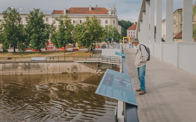 """The """"Smartovka murals"""" exhibition on Kaarsild Bridge in Tartu."""