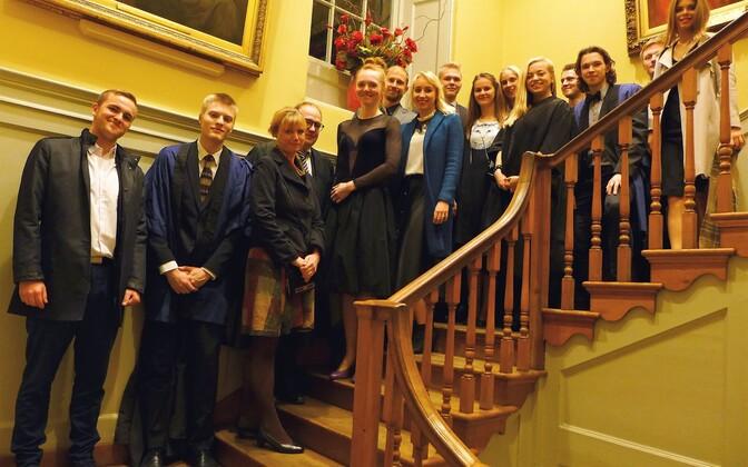 Eesti tudengid Inglismaal.