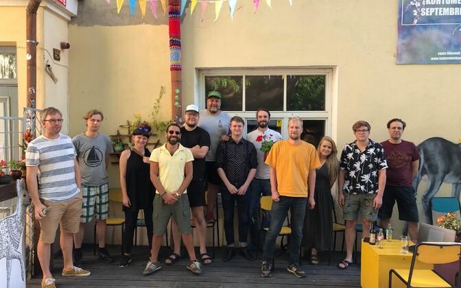 Representatives of the eight Tartu bars temporarily closing their doors.