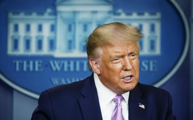 Trump Valges Majas pressikonverentsil.