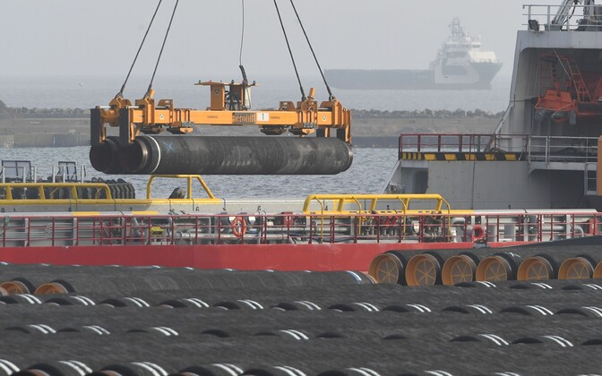 Nord Stream 2 ehituseks vajaminevad torud Sassnitzi sadamas