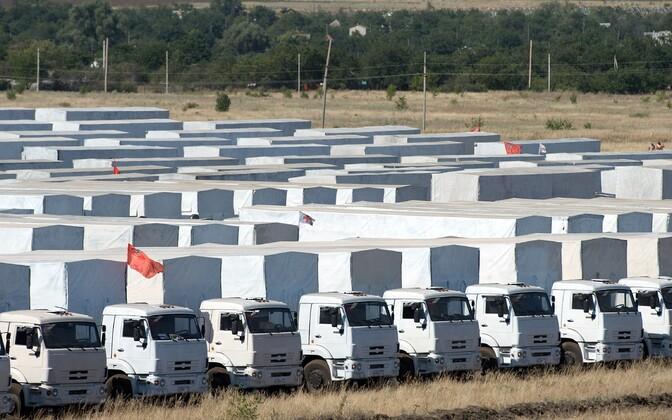 Vene väidetavad humnaitaarabi veokid 2014. aastal Kamensk-Šahtinski linna lähedal Rostovi oblastis, 30 kilomeetri kaugusel Ukraina piirist.