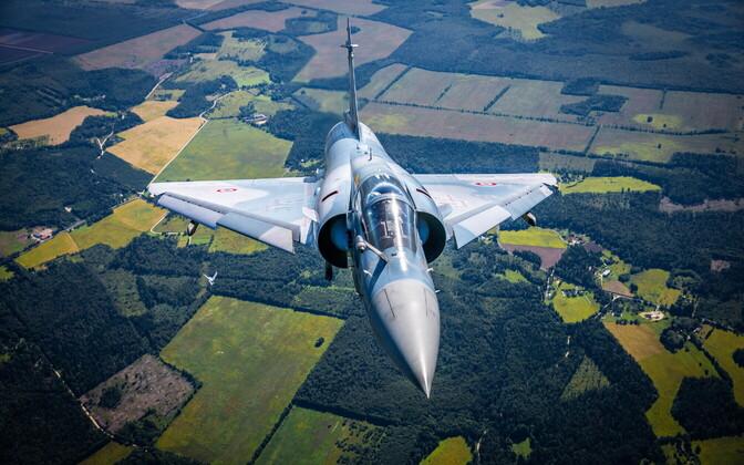 Hävitaja Mirage 2000-5.