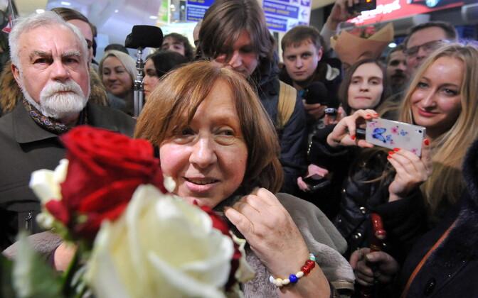 Valgevene opositsiooni liige, Nobeli kirjanduspreemia laureaat Svetlana Aleksijevitš.