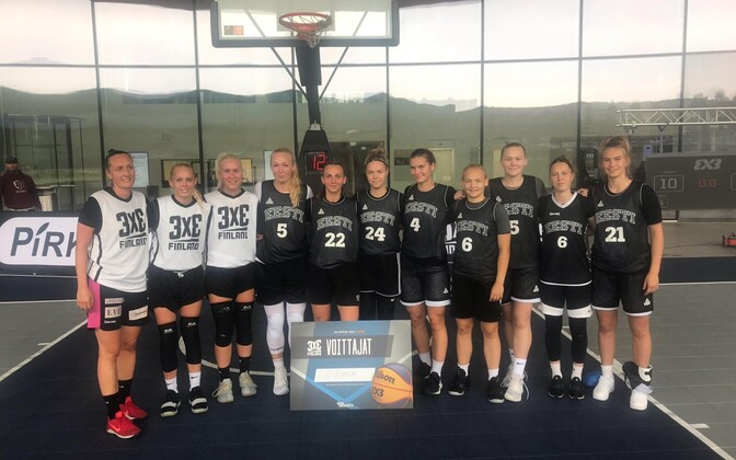 Eesti naiste 3x3 korvpallikoondis ja neidude U-18 korvpallikoondis