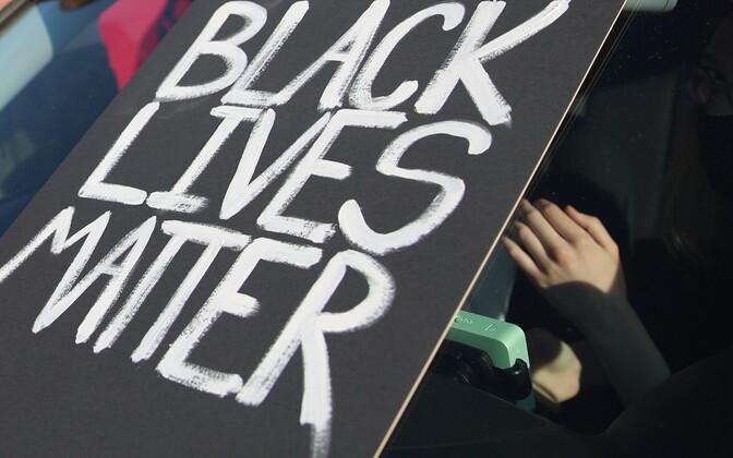 В мае смерть Джорджа Флойда положила начало акциям протеста против расизма во всем мире.