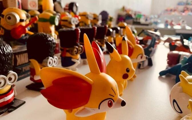 Выставка игрушек из Happy Meal.