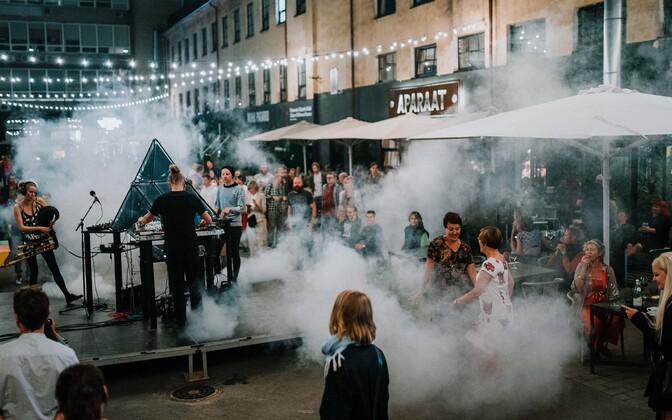 Aparaaditehase festival