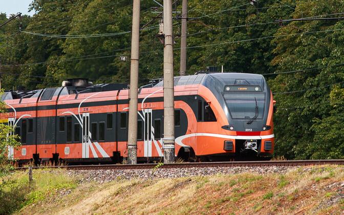 Скорость поездов Elron на определенных отрезках может быть повышена до 140 км/час.