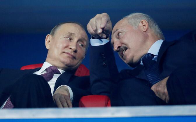 Vene president Vladimir Putin ja Valgevene liider Aleksandr Lukašenko eelmise aasta juunis Minskis spordivõistluste avamisel..