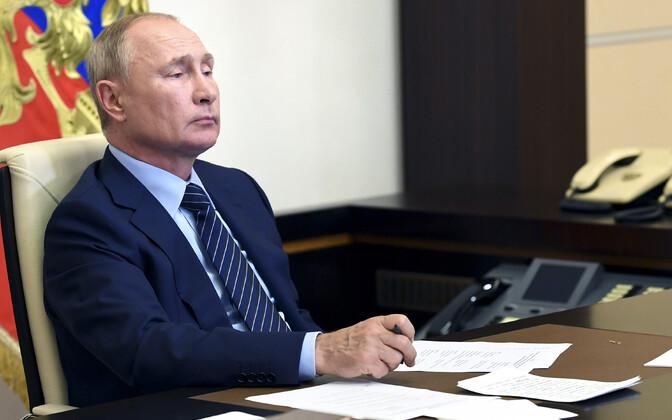 Venemaa ja president Vladimir Putini agressivne välispoliitika tekitab Läänes erimeelsusi, kuidas sellele vastu seista.