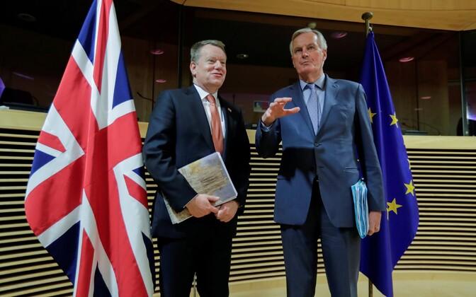 David Frost ja Michel Barnier.