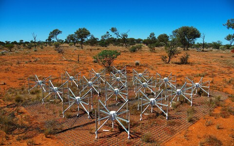 Raadioteleskoobi Murchison Widefield Array üks elementidest.
