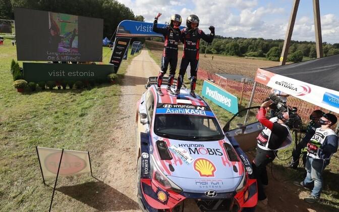Ott Tänak - Martin Järveoja võidukalt Rally Estonia finišis