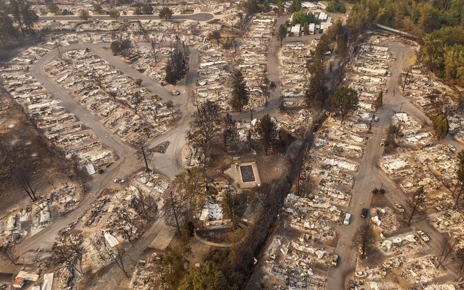 Уничтоженный огнем жилой квартал в Орегоне.