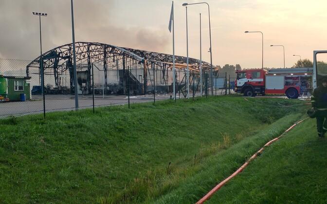 Aftermath of Wednesday morning's warehouse fire, near Pärnu