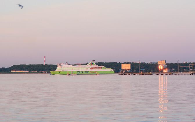 Tallinki reisilaev.