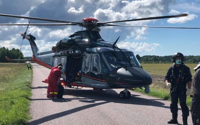 Пострадавшего на вертолете доставили в больницу. Фото иллюстративное.