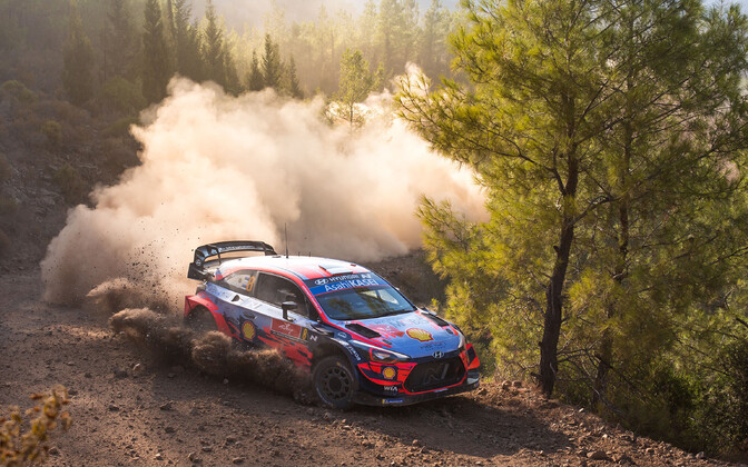 Ott Tänak, Martin Järveoja and the Hyundai i20 at WRC Rally Turkey 2020.