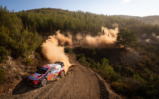 Ott Tänak, Martin Järveoja, the Hyundai i20 and the dust of this weekend's Rally Turkey.