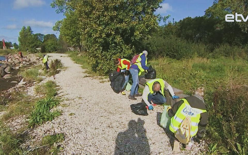 Уборка мусора на Штромке.