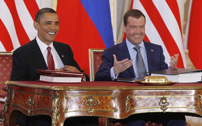 Uue START lepingu allkirjastasid 2010. aasta 8. aprillil Prahas USA president Barack Obama ja Venemaa tollane president Dmitri Medvedev.