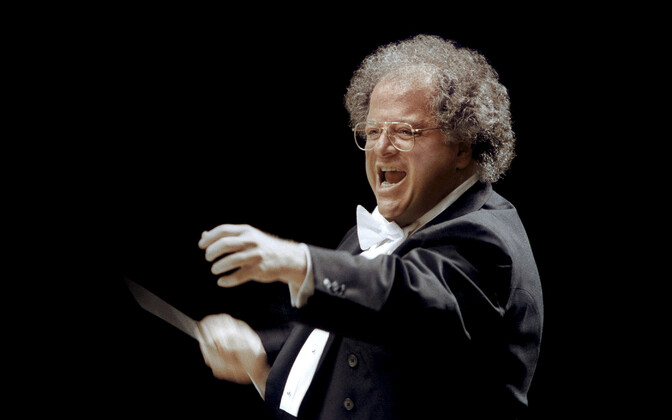 New Yorgi Metropolitan Opera endine dirigent ja kunstiline juht James Levine.