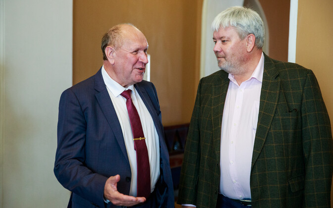 Minister of the Interior Mart Helme and author of the article Toomas Sildam.