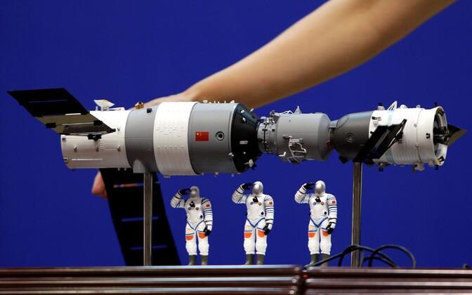 Hiina kosmosejaama Tiangong mudel.