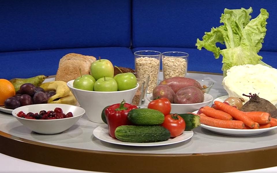 Ühe inimese nädalane taimse toidu kogus, kus on nii puu- kui ka köögiviljad, aga ka teraviljad.
