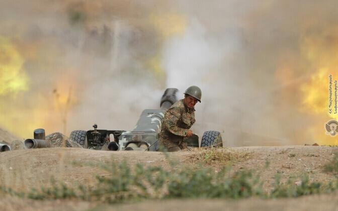 Armeenia kaitseministeeriumi foto lahingutegevusest.