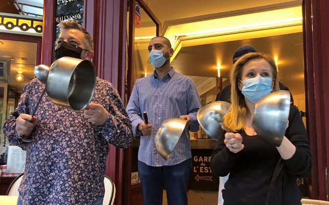 La Ville de Provins'i töötajad protestimas.