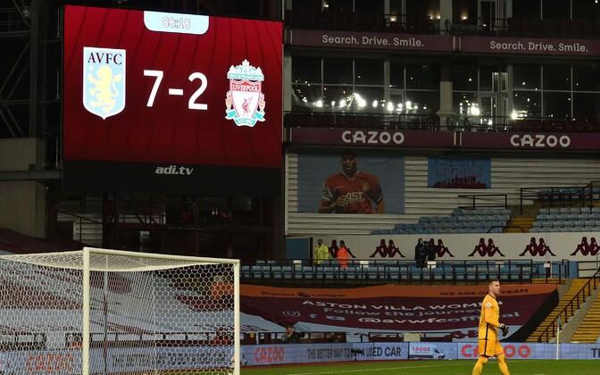 Liverpooli hispaanlasest väravavaht Adrian skooritabloo ees
