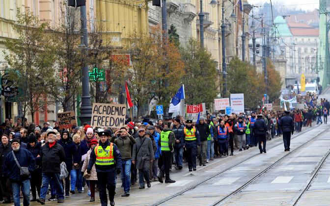 Ülikoolireformi vastane meeleavaldus Budapestis 2018. aastal.