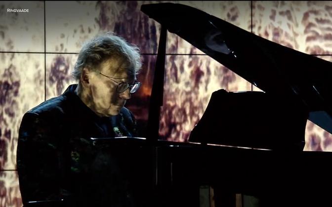 """Rein Rannap esitleb oktoobris kontsertidega üle Eesti oma uut klaveriplaati """"Ikka ja alati"""", kus klaveri kõlale lisanduvad Lemo EhkLaur-Leho Kaljumetsa metsavideod ja elektroonika."""
