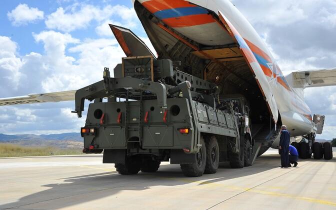 Esimesed S-400 Türki saabudes.