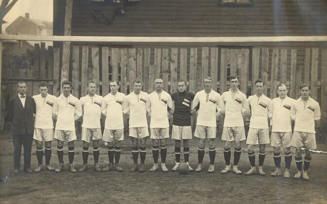 Teise maailmasõja eelne Eesti jalgpallikoondis