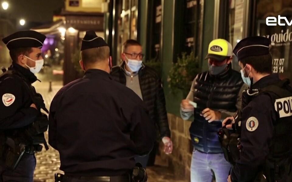 Правительство Франции намерено ввести ограничения на передвижение еще в нескольких регионах страны.