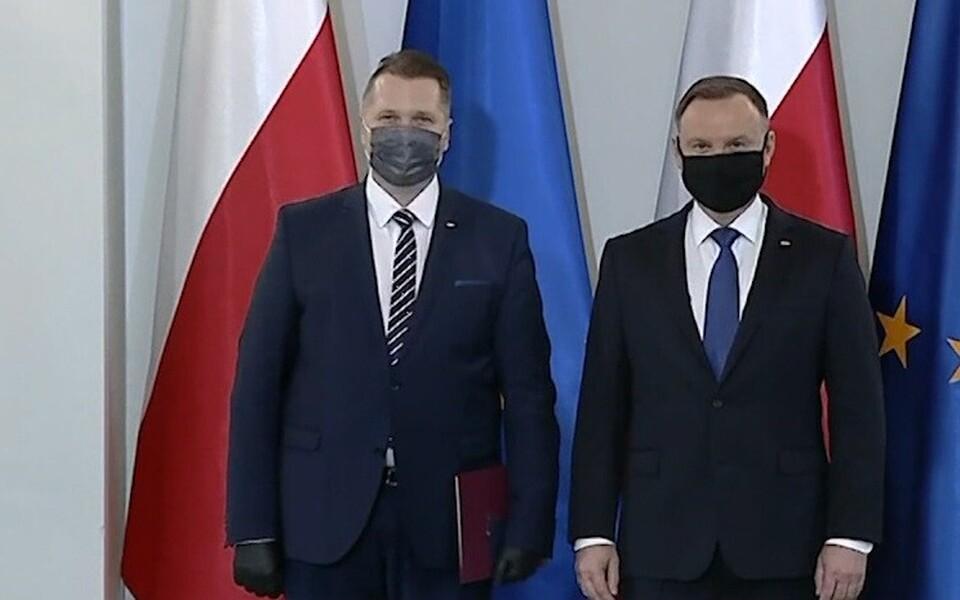 В Польше протестуют против назначения нового министра образования Пшемыслава Чарнека.