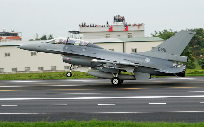 Taiwani F-16 Hiina rünnakut ette nägeval õppusel.