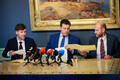 Martin Helme, Jüri Ratas ja Helir-Valdor Seeder allkirjastasid ühisavalduse
