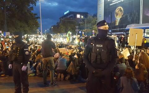 Акции протеста против запрета абортов в Кракове.