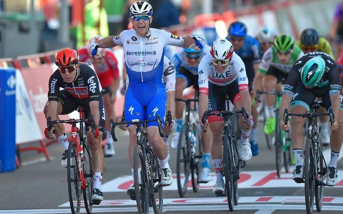 Sam Bennett võitis Vuelta 9. etapi
