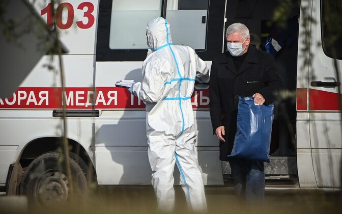 В России впервые за сутки выявили более 18 тысяч новых случаев коронавируса.