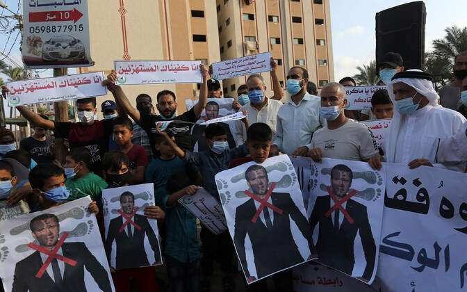 Palestiinlased protesteerimas Macroni vastu.