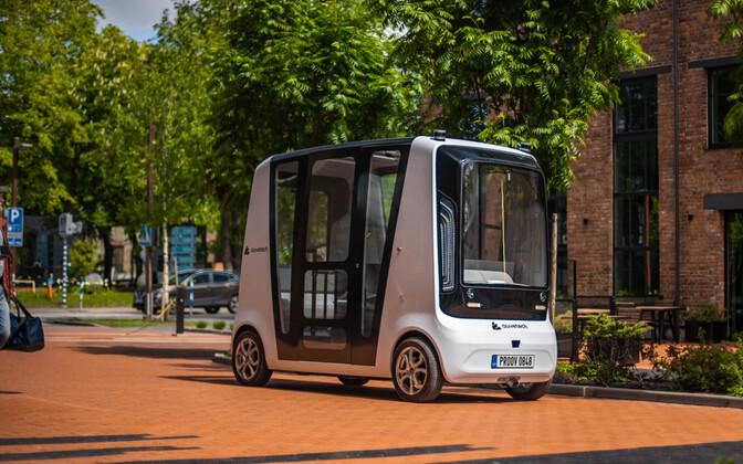 A self-driving buses in Tallinn's Ülemiste designed by Auve Tech.