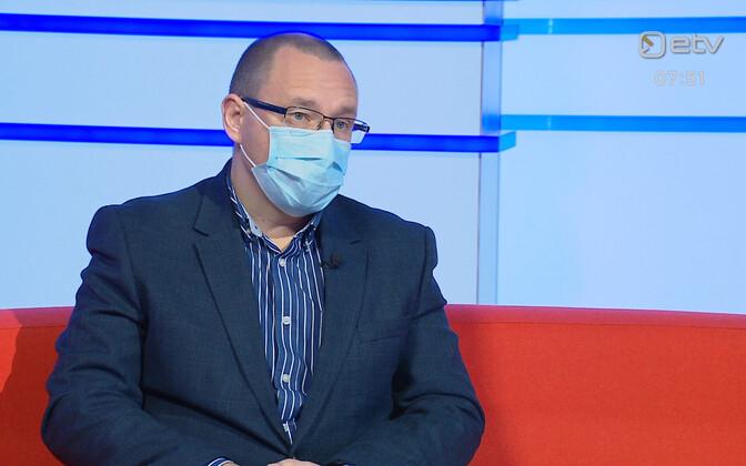 Dr Arkadi Popov.